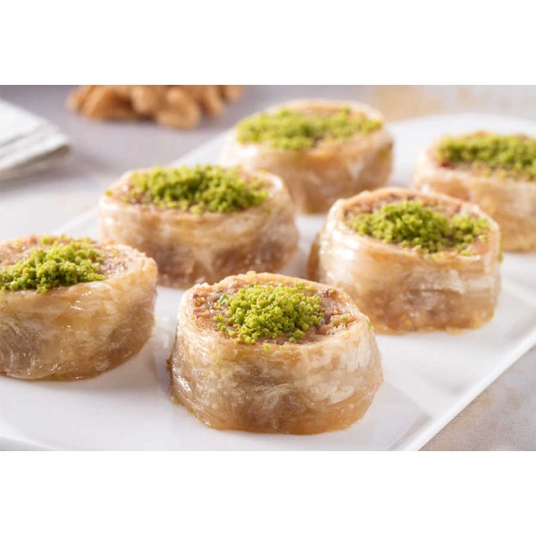 Palace Roll Baklava with Walnut