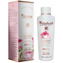 Acqua di rose naturale di Rosense