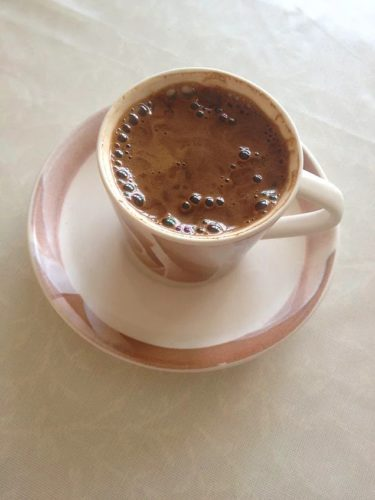 Turkish coffee stays warm for longer thanks to its foam