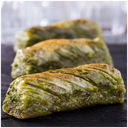 Twisted Baklava with Pistachio