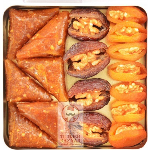 Pestil and Dried Fruits filled with Nuts
